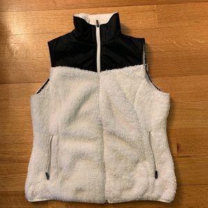 Columbia white fuzzy fleece vest size large
